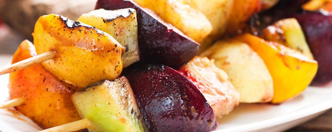 Grillade de brochette de fruits mariné au Limoncello – recette Maditaly